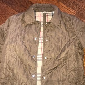b2064c225 Women s Green Burberry Quilted Jacket on Poshmark
